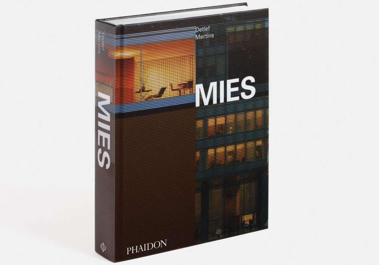 Mies EN 3962 3D Standing
