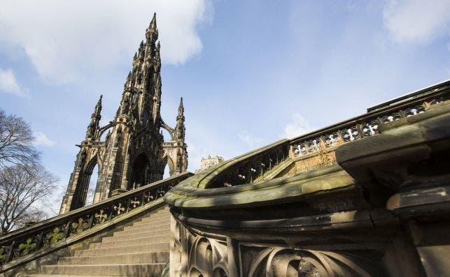 Monumento a Walter Scott. Foto  Simon Jarratt | Visit Britain.