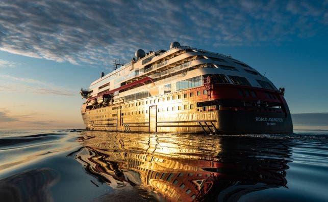 El MS Roald Amundsen en Canada. Foto: Karsten Bidstrup.