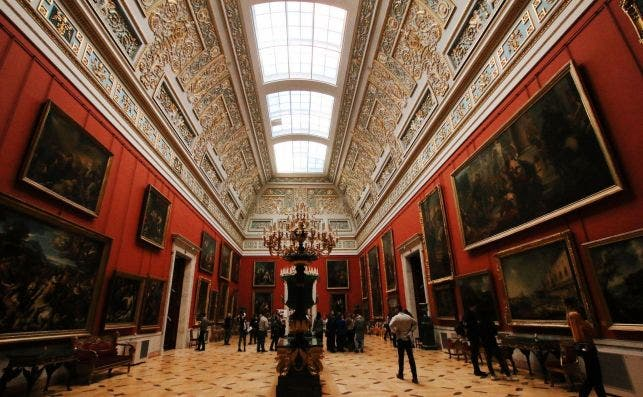 Museo del Hermitage. Foto Artem Bryzgalov Unsplash