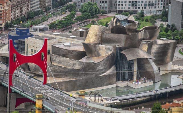 Museo Guggenheim. Foto Enrique LoÌpez Garre Pixabay