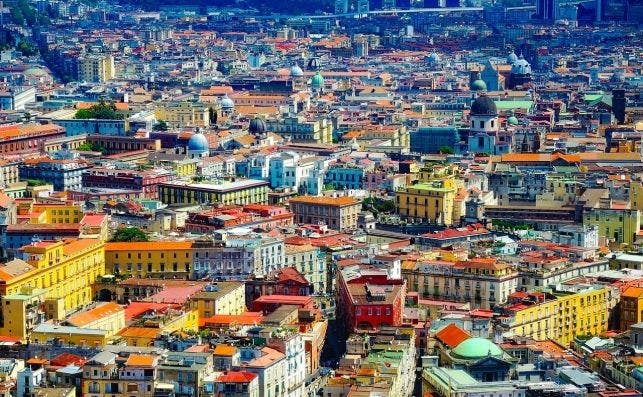 Nápoles de escala obligada a destino  por sí mismo. Foto Pixabay.