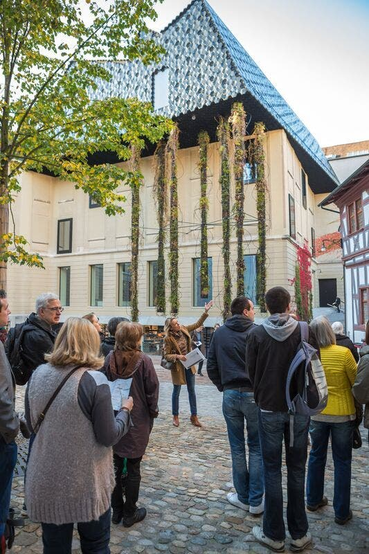 Öffentliche Stadtführung Basel  Public Guided Tour Basel