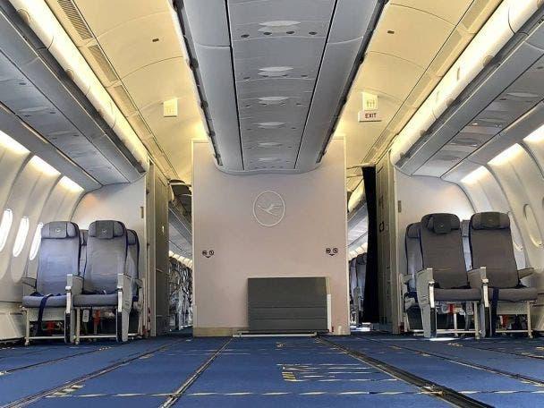 Pax 2 Cargo 4x3 Foto Lufthansa Tecnick