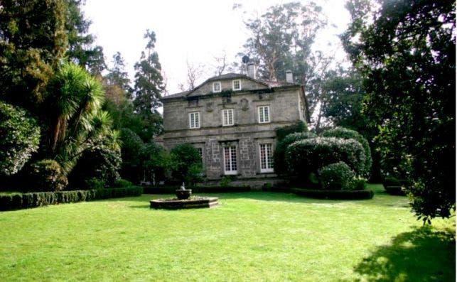 Pazo de RubiaÌns. Foto Turismo de Galicia.