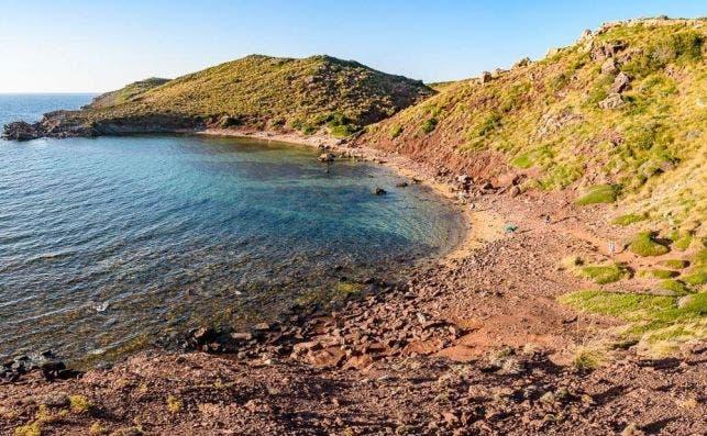 Playa roja Menorca Foto Surfing the Planet