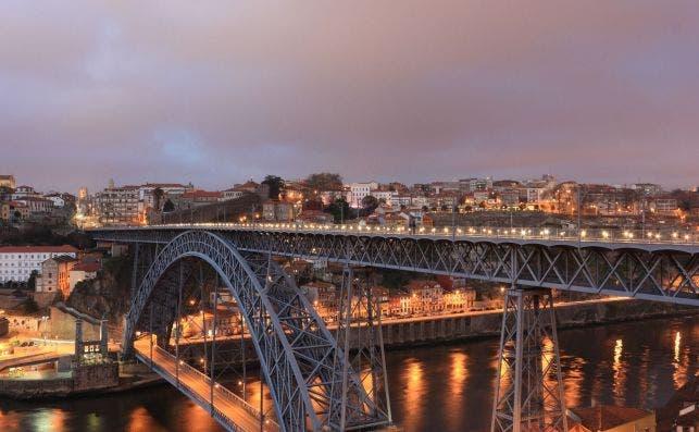 Puente Don Luis I. Foto Pixabay