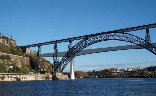 Puentes Maria Pia y Sao Joao. Foto Matt Kieffer Flickr