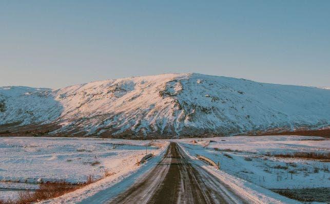 Ring Road, Islandia. Foto Bailey Zindel Unsplash