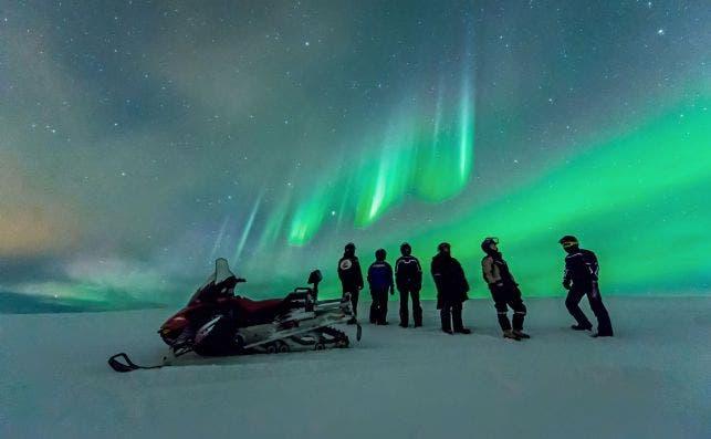 El capitán del barco te avisará cuando haya una aurora. Foto Rjan Bertelsen   Hurtigruten.