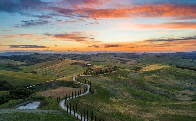 Toscana. Foto Luca Micheli   Unsplash.