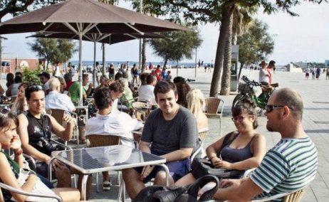 La burbuja turística de BCN se somete a la lupa de las municipales