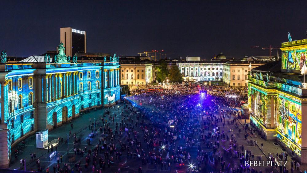 La Bebelplatz llena de colores. Foto: Festival de las Luces