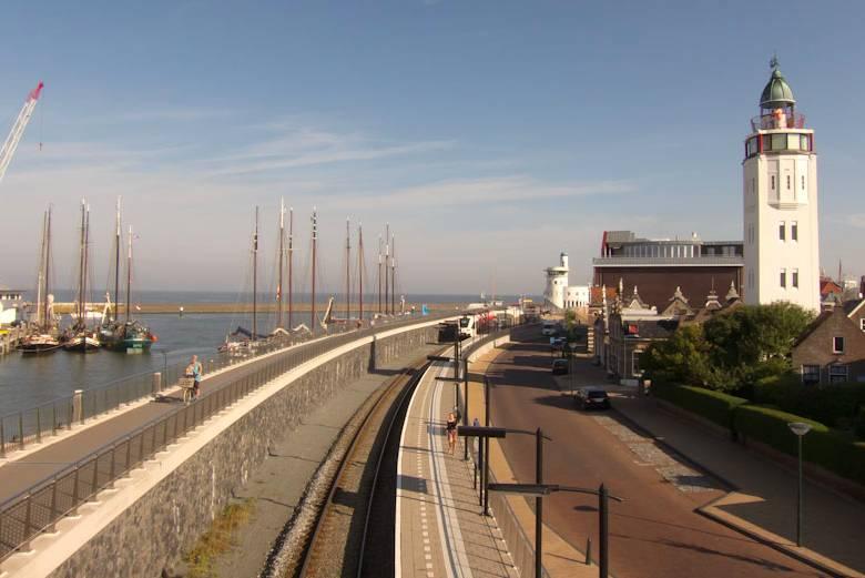 Puerto de Harlingen. Foto Holland Cycling