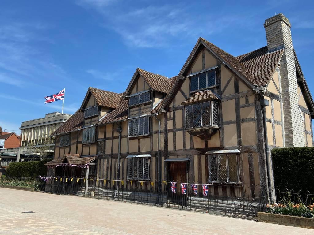 La casa estilo Tudor donde (supuestamente) nació Shakespeare. Foto: The Shakespeare Birthplace Trust