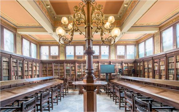 Sala de lectura Biblioteca-Arús-Foto-Cases-singulars