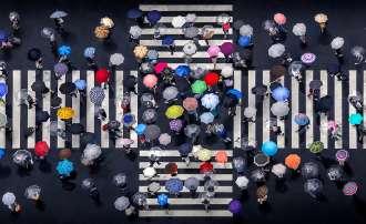 Umbrella-Crossing_Daniel_Bonte_Aerial-Photography-Awards-2020