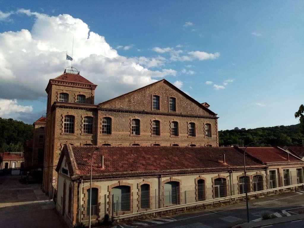 Fábrica de la Colonia de Borgonyà