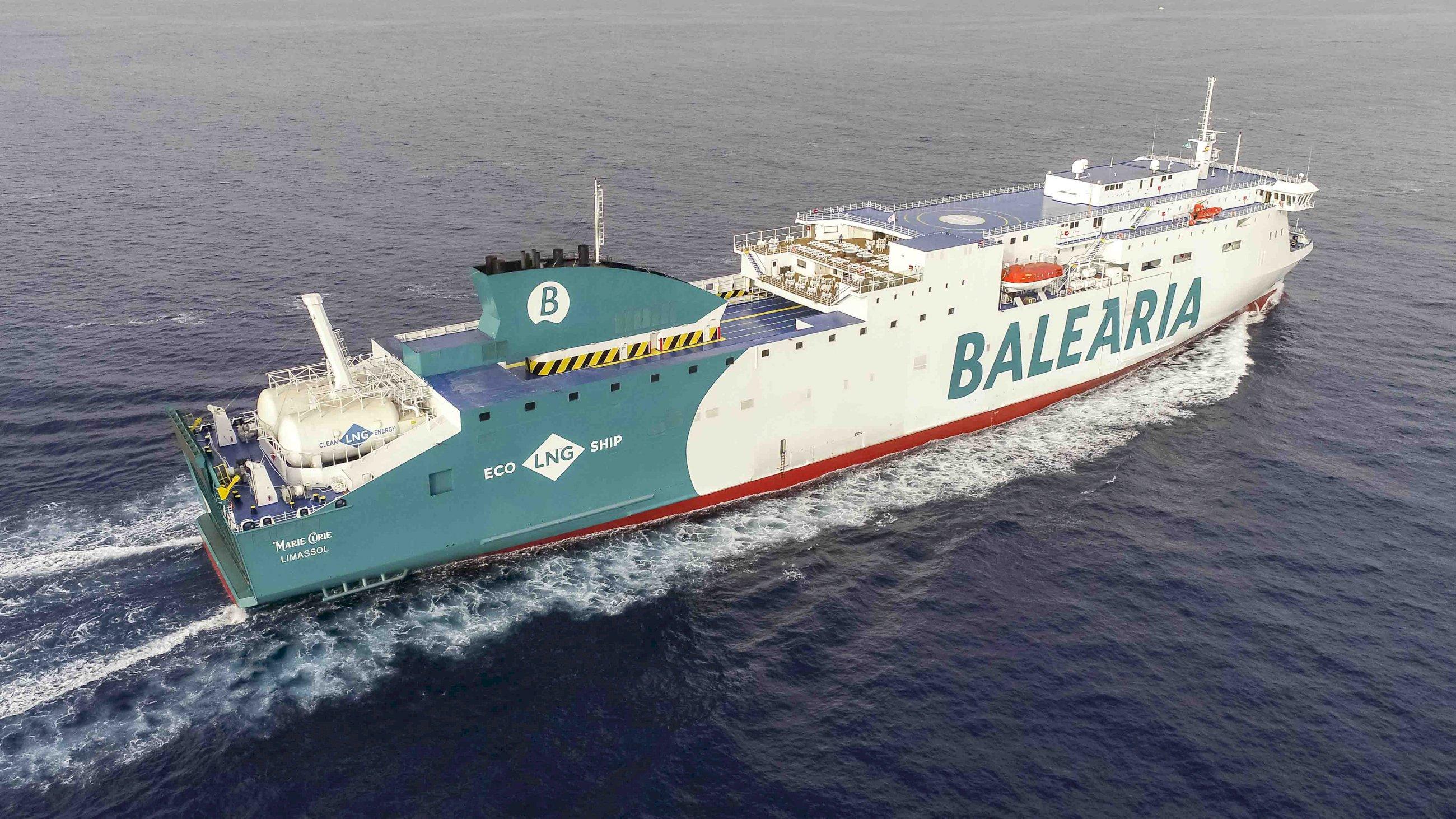 barco de balearia balearia
