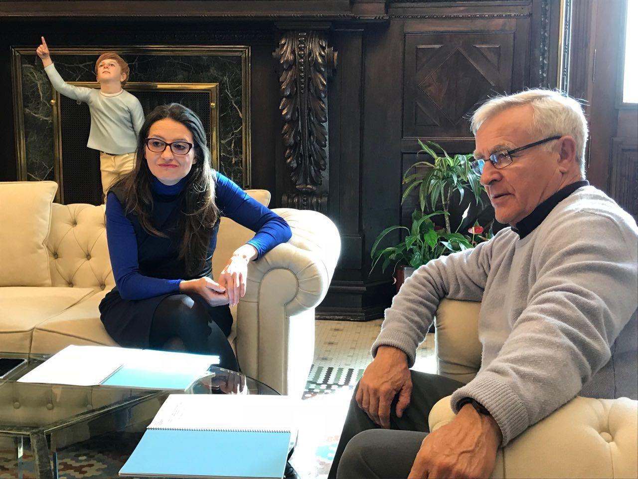 joan ribo alcalde de valencia y monica oltra vicepresidenta de la generalitat