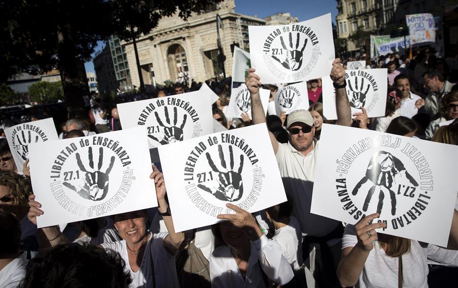Manifestación convocada por la Fcapa