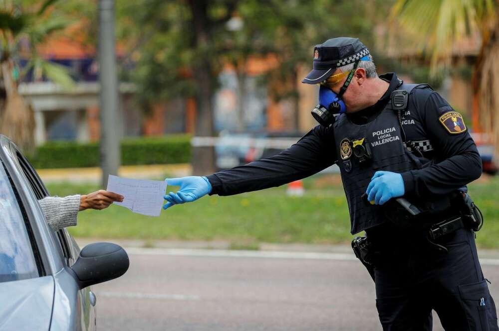 El quinto y último fin de semana de cierre perimetral de 16 municipios de más de 50.000 habitantes de la Comunidad Valenciana ha dejado un total de 999 propuestas de sanción