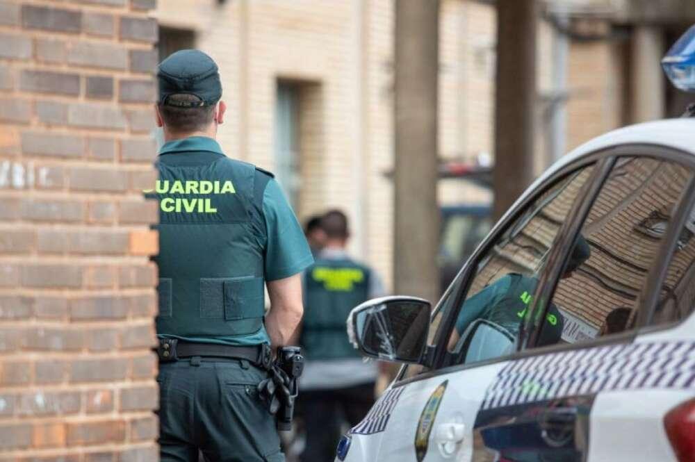 Un agente de la Guardia Civil en una imagen de archivo. / EFE