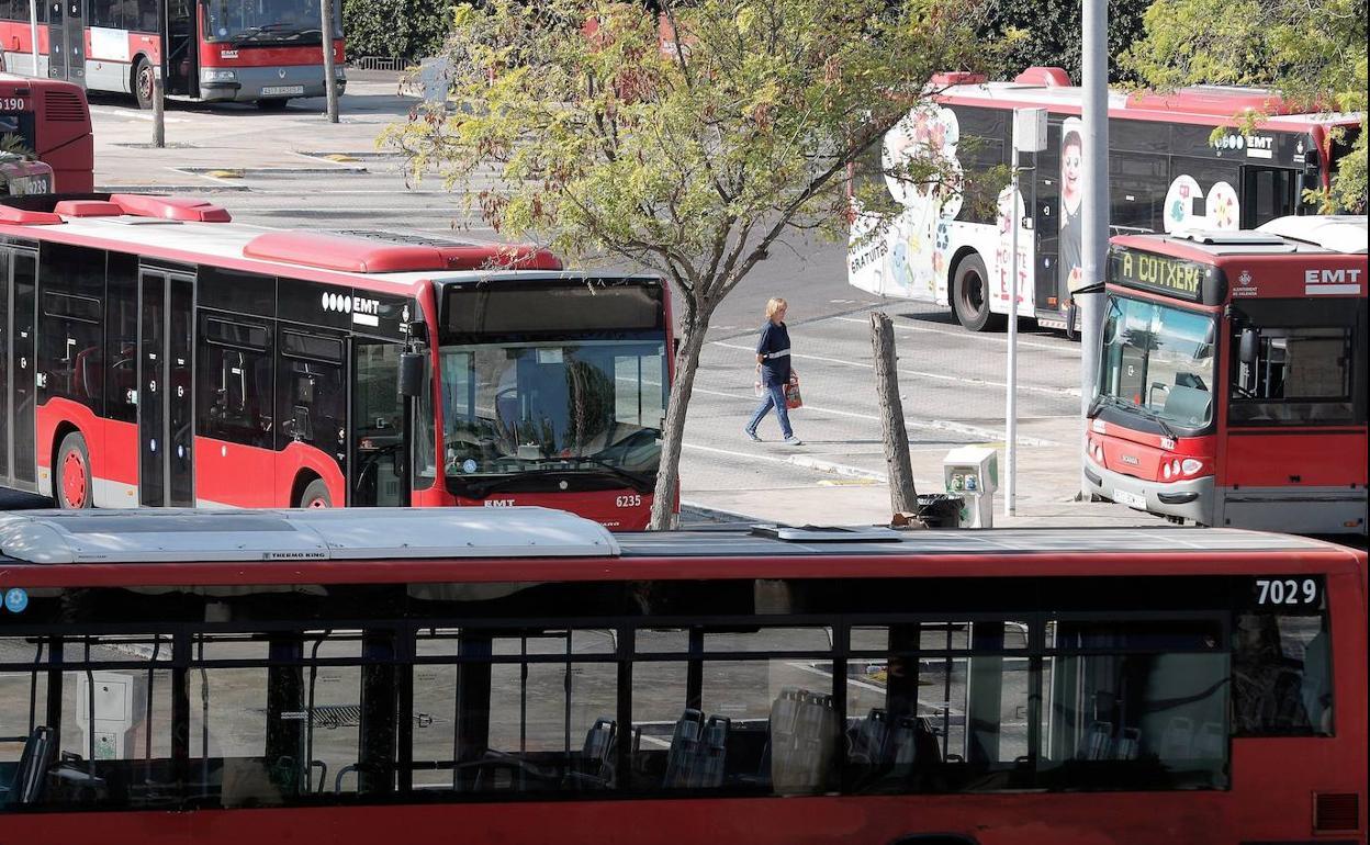 autobuses kFMB U90380348607PL 1248x770@Las Provincias