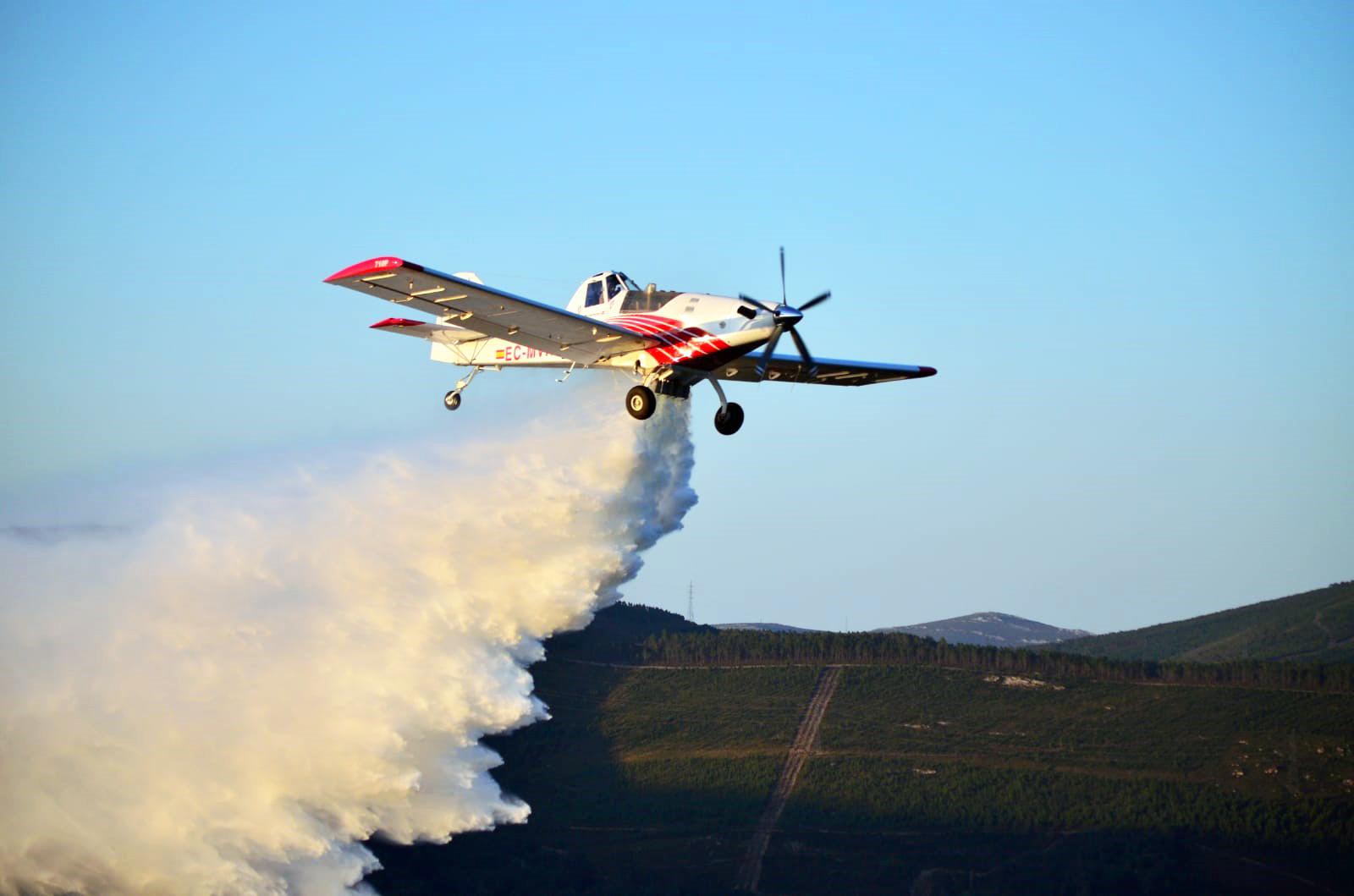 Avión de Plysa