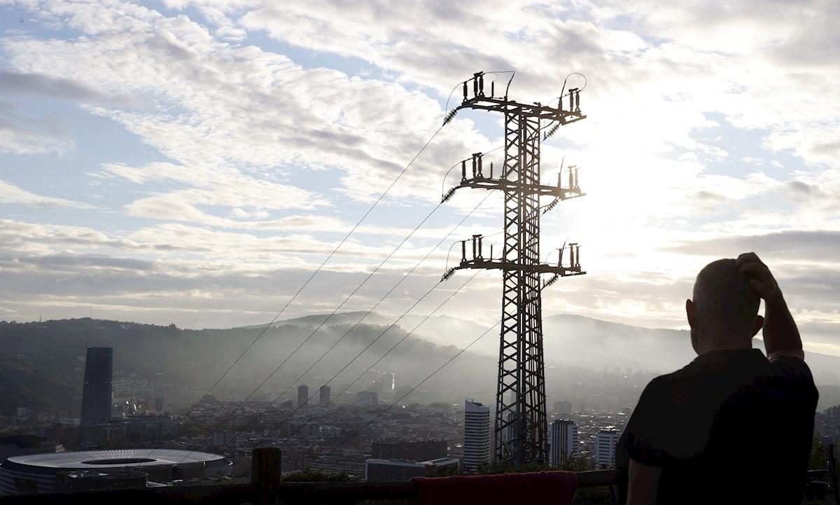 El precio de la luz vuelve a subir un 7,5% hasta alcanzar los 231,82 euros