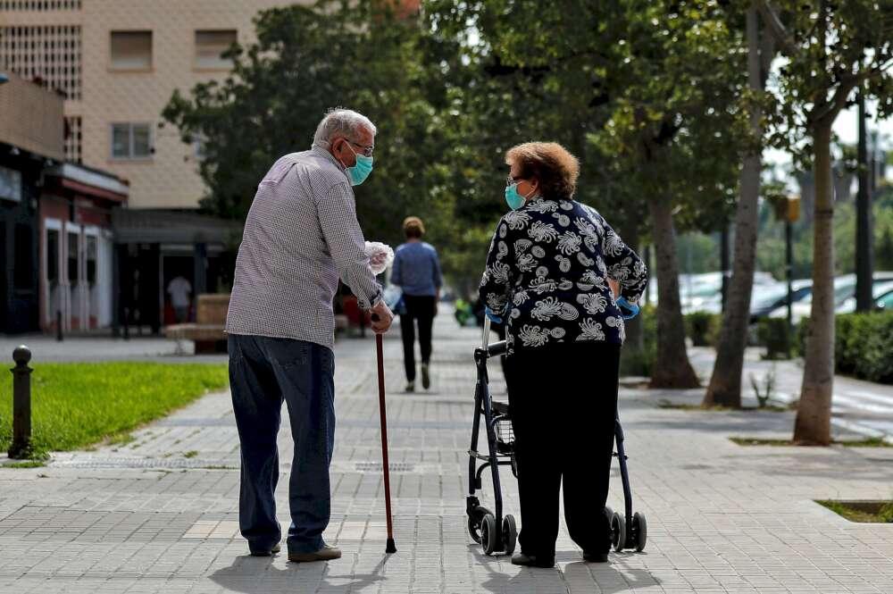 La gente mayor es la más afectada por las muertes por coronavirus, con muchas víctimas en las residencias | EFE/Archivo