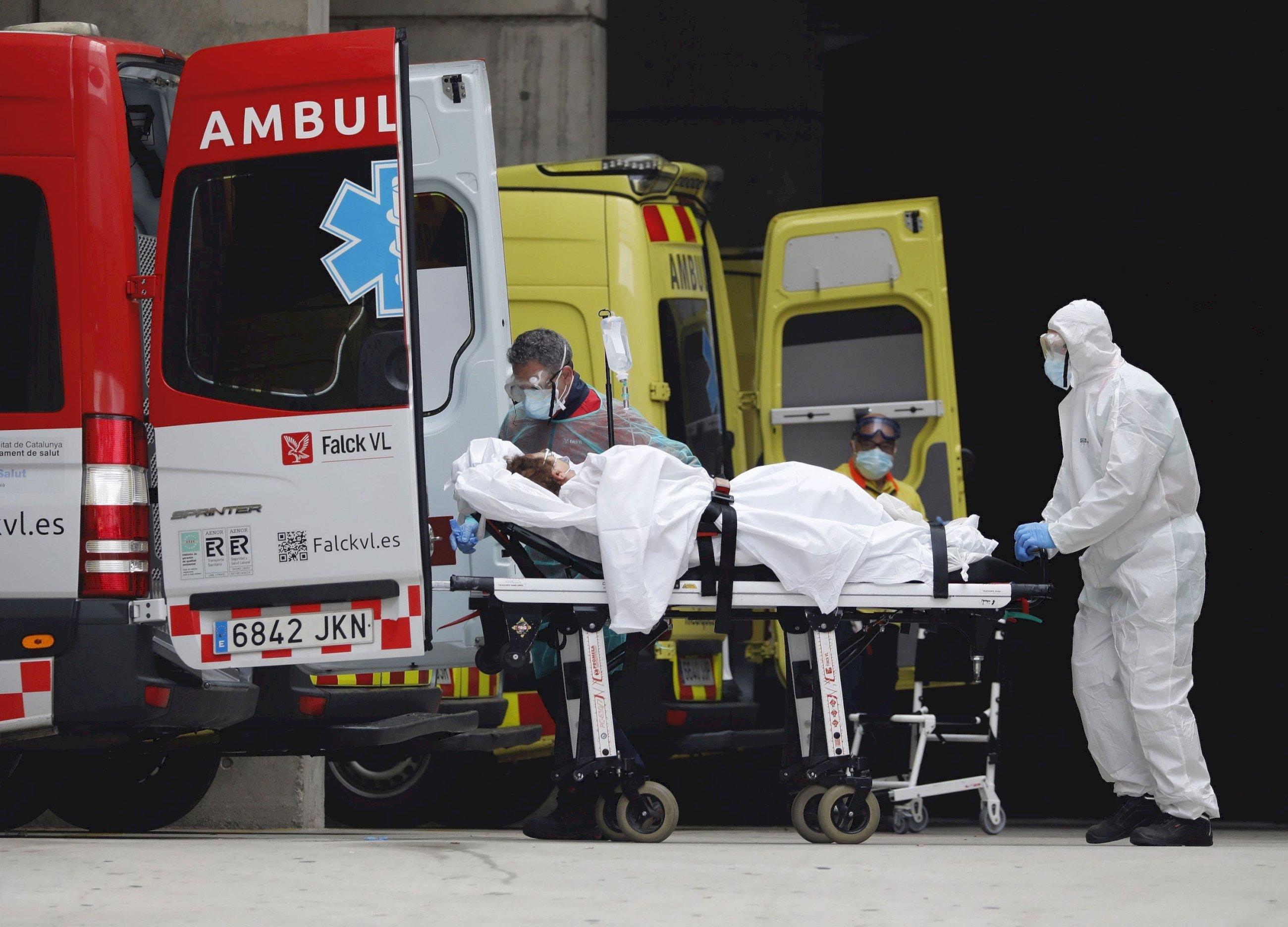 España contabilizó 492.930 muertes en 2020, el primer año de pandemia de coronavirus./ EFE