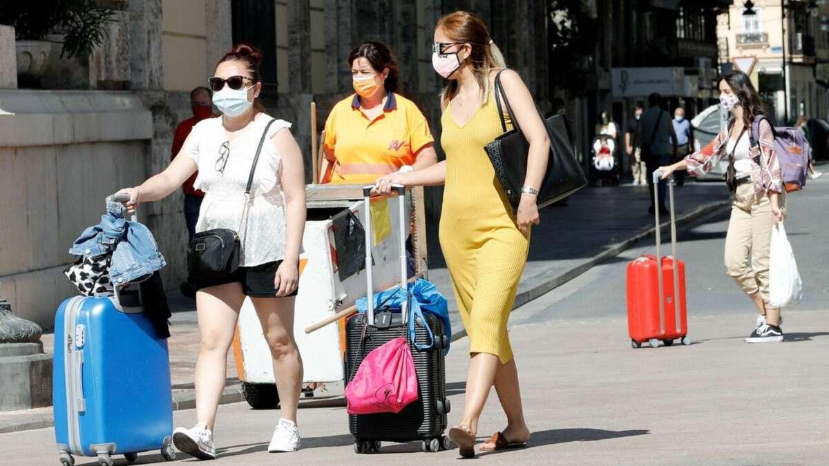 Los españoles reactivan el turismo nacional.