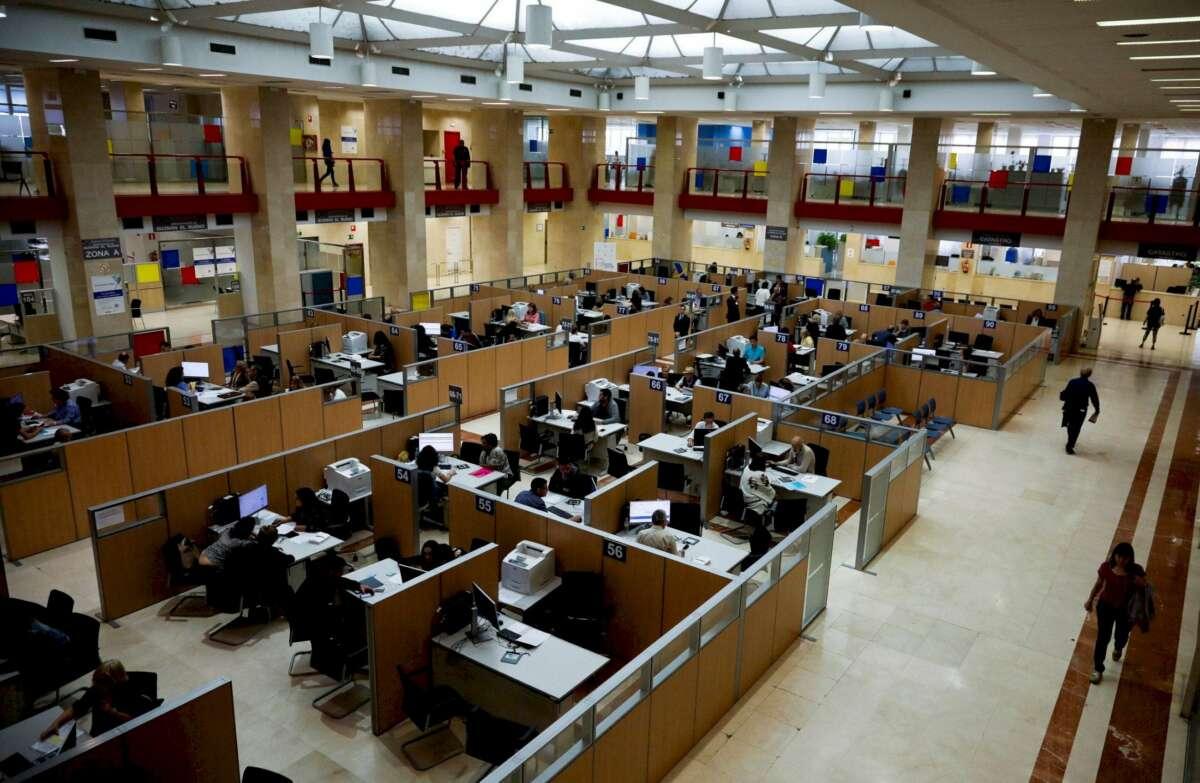 Vista de la sede de la Delegación Especial de la Agencia Tributaria en Madrid. Foto: Efe/David Fernández/Archivo