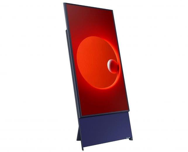 """Combo fotográfico del televisor """"Sero"""" presentado por la multinacional surcoreana Samsung en el ámbito de la feria de electrónica de consumo CES"""
