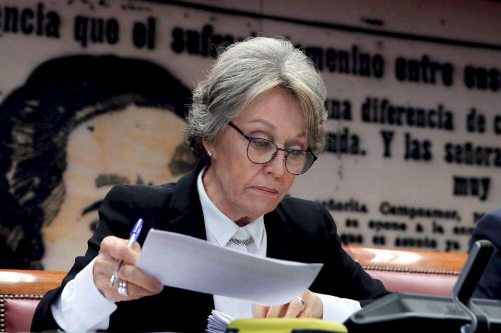 La administradora única de RTVE, Rosa María Mateo, durante una comparecencia ante la comisión de control parlamentario a la corporación, el 10 de marzo de 2020 en el Senado | EFE/JCH/Archivo