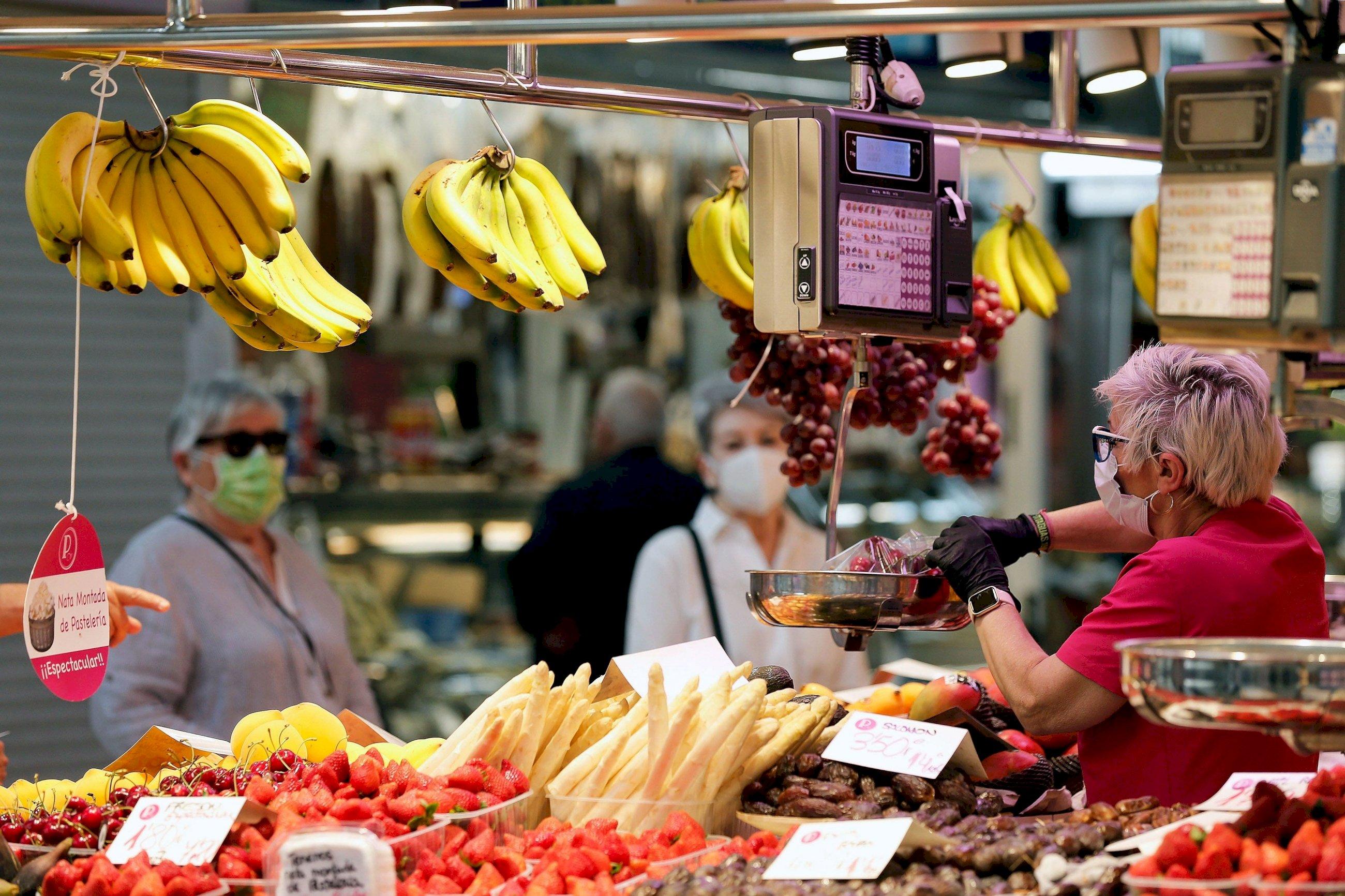 Amazon Fresh inicia su reparto en España con un catálogo de marcas propias EFE