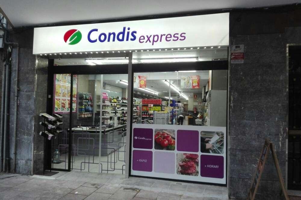 Un local de Condis Express, el gran argumento de la expansión de Condis.