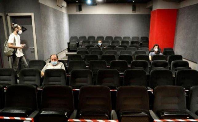 Cine en Madrid que se adaptan a las medidas contra el coronavirus./ EFE