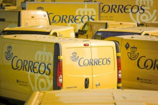 Camiones de reparto de Correos. ED
