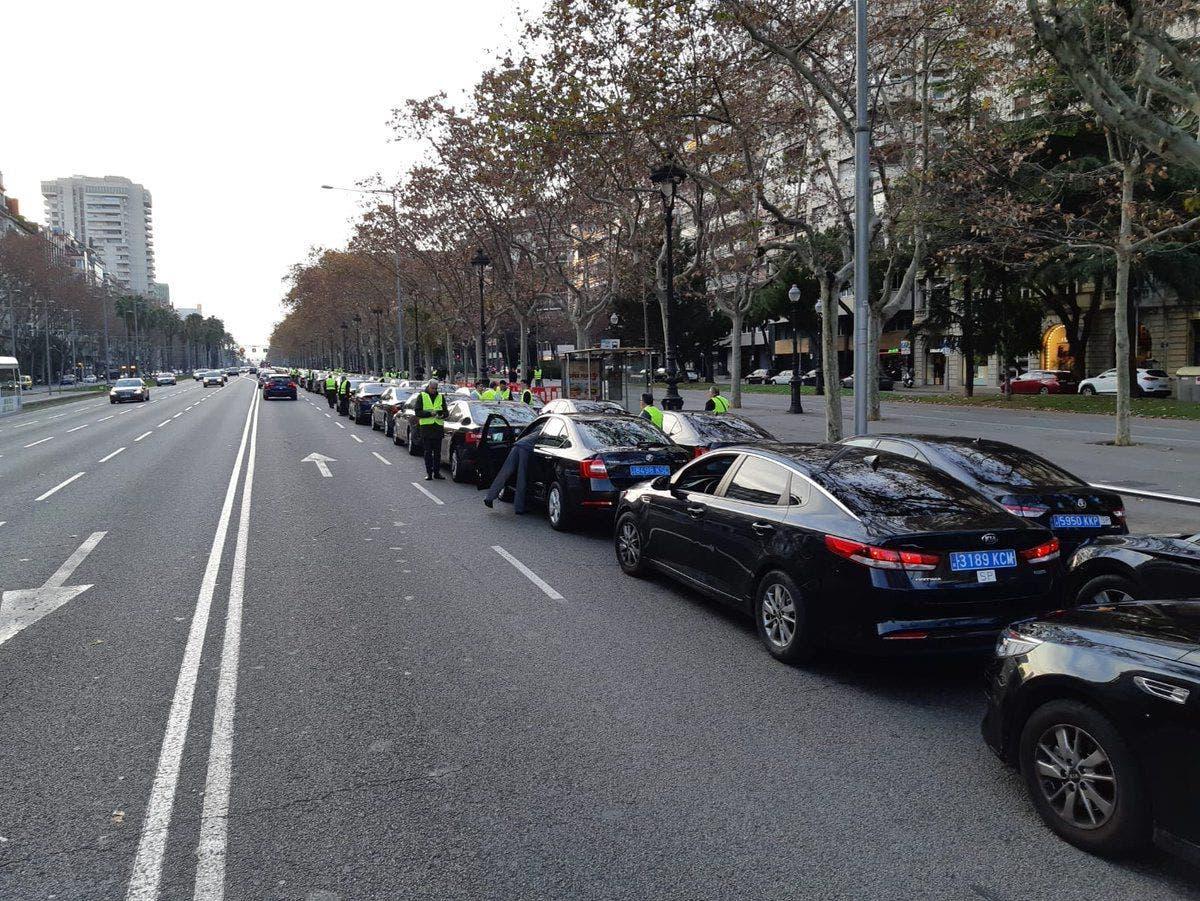 arco Skalk Modernización  Los chóferes de Cabify en BCN hacen turnos de 12h por falta de coches