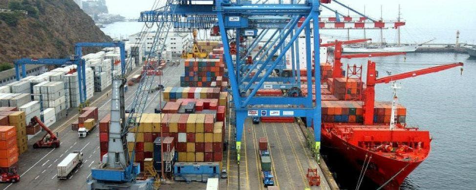 El comercio exterior se recupera y marca récord en exportaciones EFE