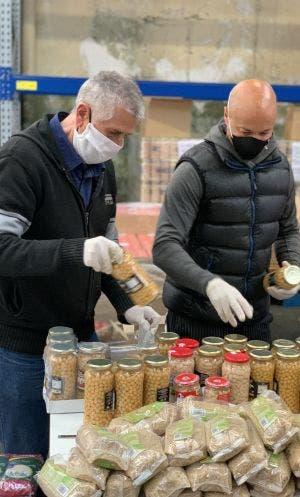 https   prensa.lacaixa.org wp content uploads 2020 04 7. Voluntaris Banc dels Aliments Manresa