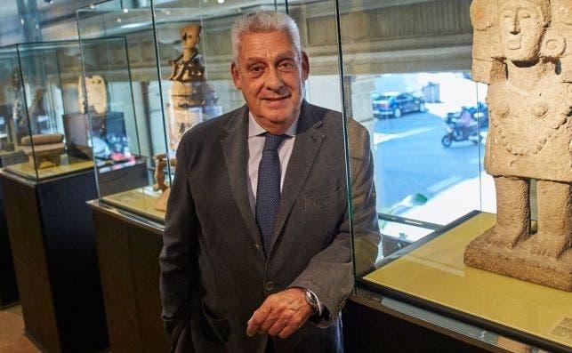 El hotelero Jordi Clos en el Museo Egipcio. / EFE/Alejandro García