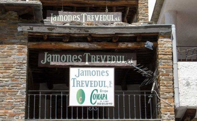 El secadero de Trevedul en Trevélez, donde no se curan todos los jamones de la marca de Comapa
