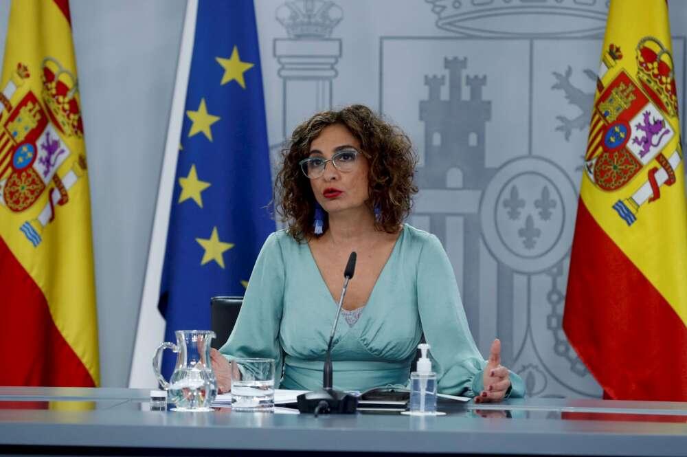 La ministra de Hacienda, María Jesús Montero, participa en la rueda de prensa convocada tras la reunión semanal del Consejo de Ministros, este martes, en el complejo del Palacio de la Moncloa, en Madrid. EFE/J.J. Guillén