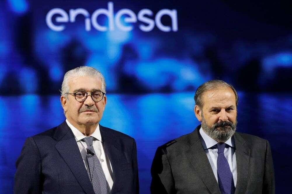 El presidente de Endesa, Juan Sánchez-Calero (derecha), y el consejero delegado, José Bogas. EFE