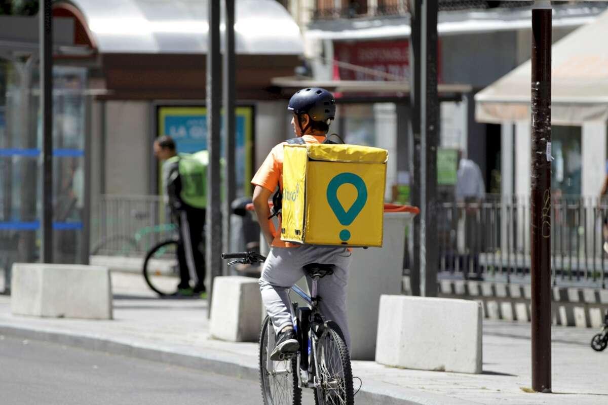 Un rider de Glovo en Madrid. Foto: EFE/CP