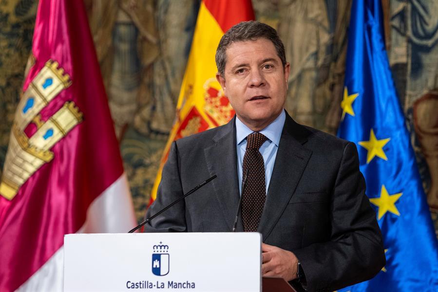 El presidente de Castilla La Mancha, Emiliano García-Page, comparece ante los medios de comunicación. EFEÁngeles Visdómine
