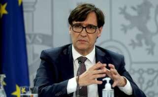 El ministro de Sanidad, Salvador Illa, comparece en rueda de prensa para dar detalles sobre la pandemia de coronavirus. EFE/ Kiko Huesca